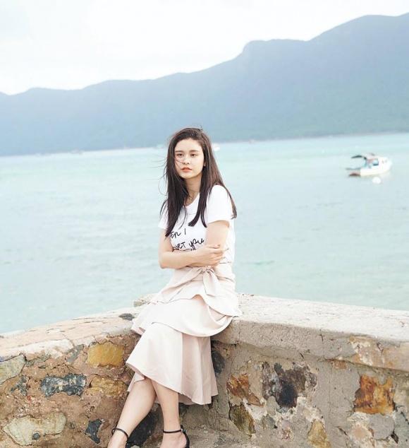 Sau khi li hôn Tim, Trương Quỳnh Anh gây chú ý với phát ngôn: 'Thà nuối tiếc, chứ không tạm bợ' - Ảnh 1