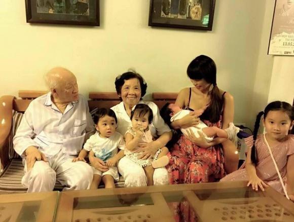 Vợ chồng Hà Anh đưa con hơn 1 tháng tuổi ra Hà Nội thăm gia đình sau chuyến du lịch Đà Nẵng - Ảnh 7