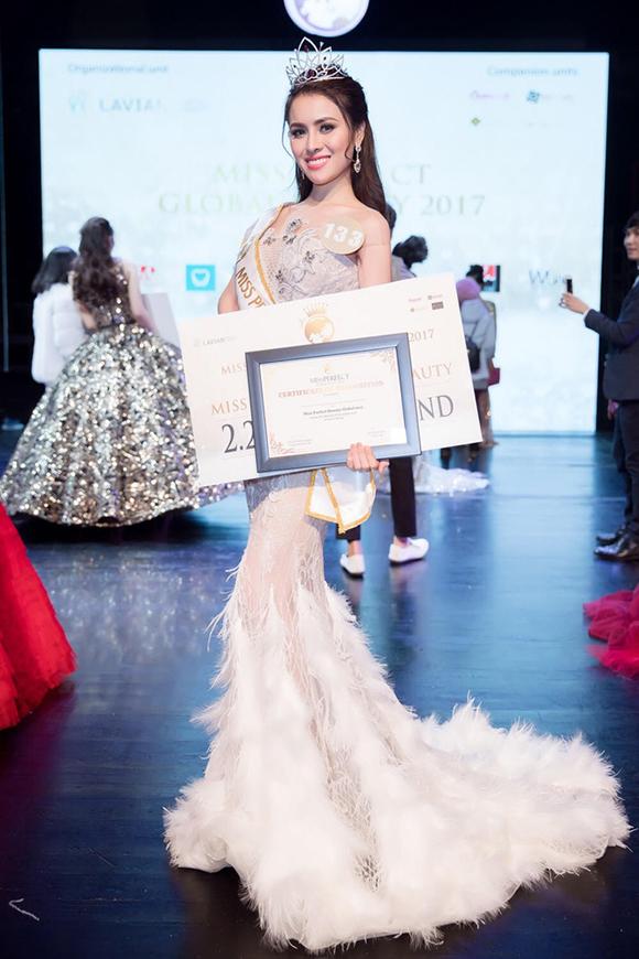 MC Phan Anh nói về việc bỏ chấm giữa chừng cuộc thi Hoa hậu mà Thư Dung đăng quang - Ảnh 2