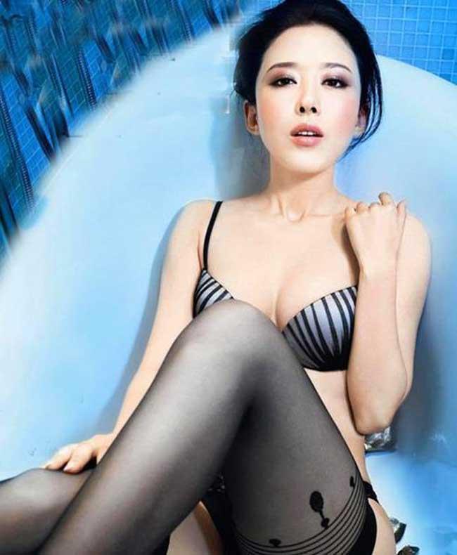 Bí quyết giữ đôi chân nuột nà 1,12m của mỹ nữ Mông Cổ - Ảnh 2