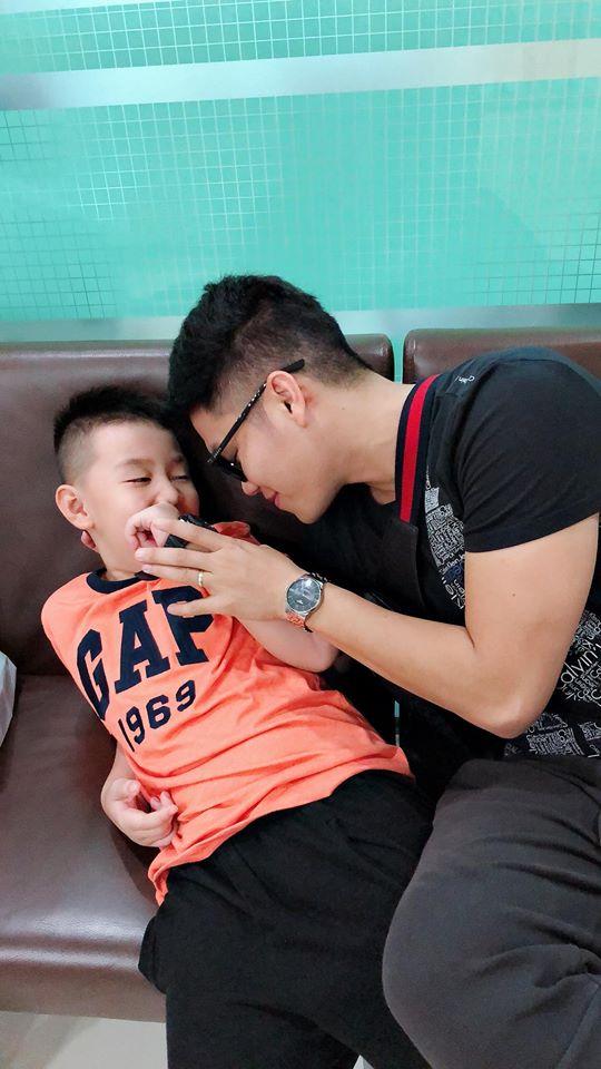 Với hình ảnh này, Lê Phương vô tình 'bóc trần' quan hệ thật giữa Trung Kiên và bố mẹ vợ - Ảnh 5