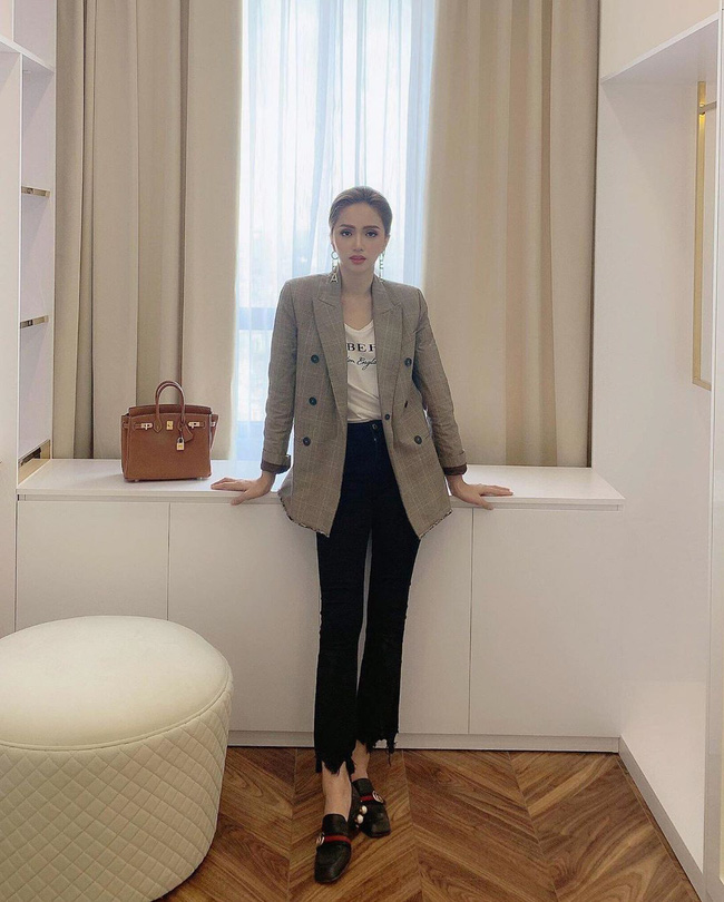 Học ngay 11 set đồ của Hoa hậu Hương Giang cách mix quần jeans từ đơn giản đến cá tính - Ảnh 7