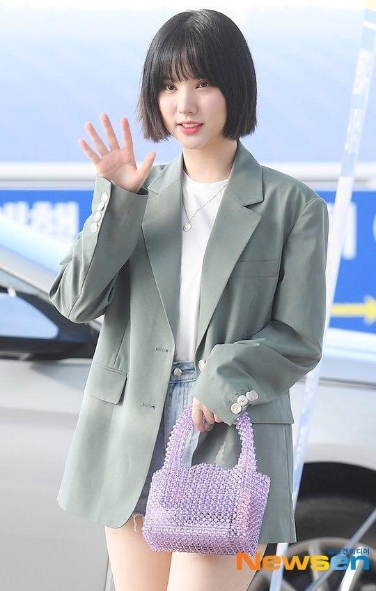 Sao Hàn mặc blazer: 5 công thức thường xuyên được sử dụng để diện thật trẻ trung chiếc áo đứng đắn này - Ảnh 2
