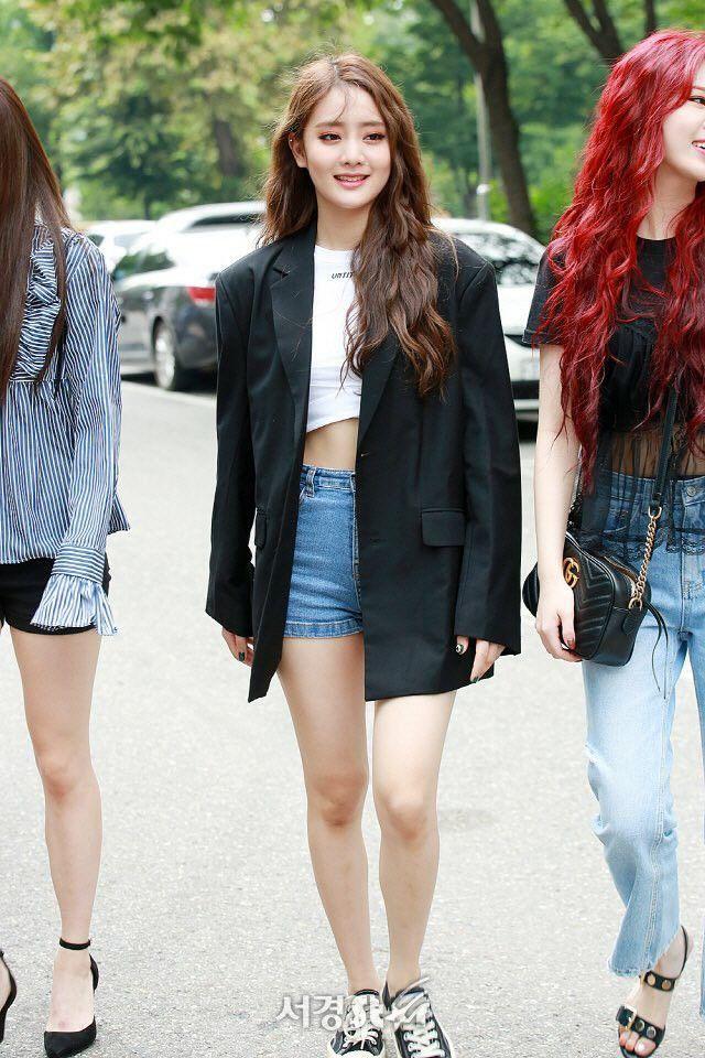 Sao Hàn mặc blazer: 5 công thức thường xuyên được sử dụng để diện thật trẻ trung chiếc áo đứng đắn này - Ảnh 15