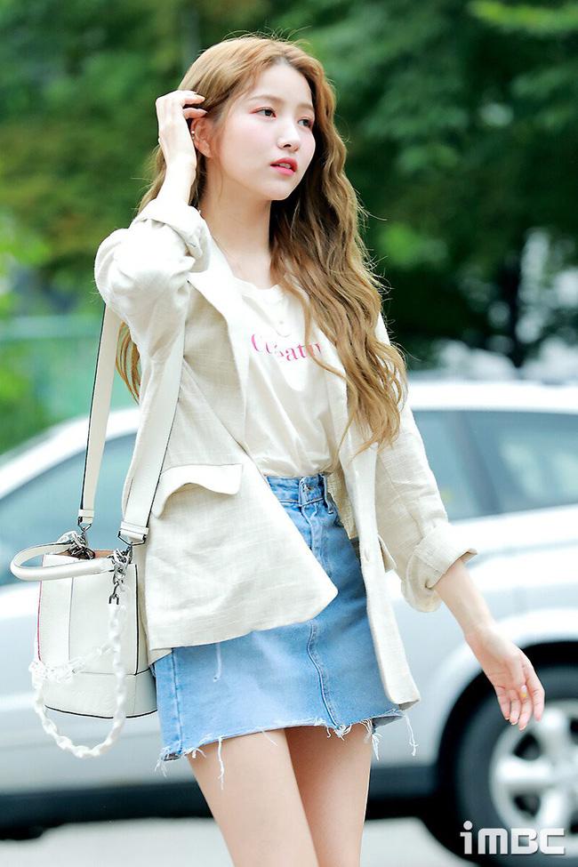 Sao Hàn mặc blazer: 5 công thức thường xuyên được sử dụng để diện thật trẻ trung chiếc áo đứng đắn này - Ảnh 5