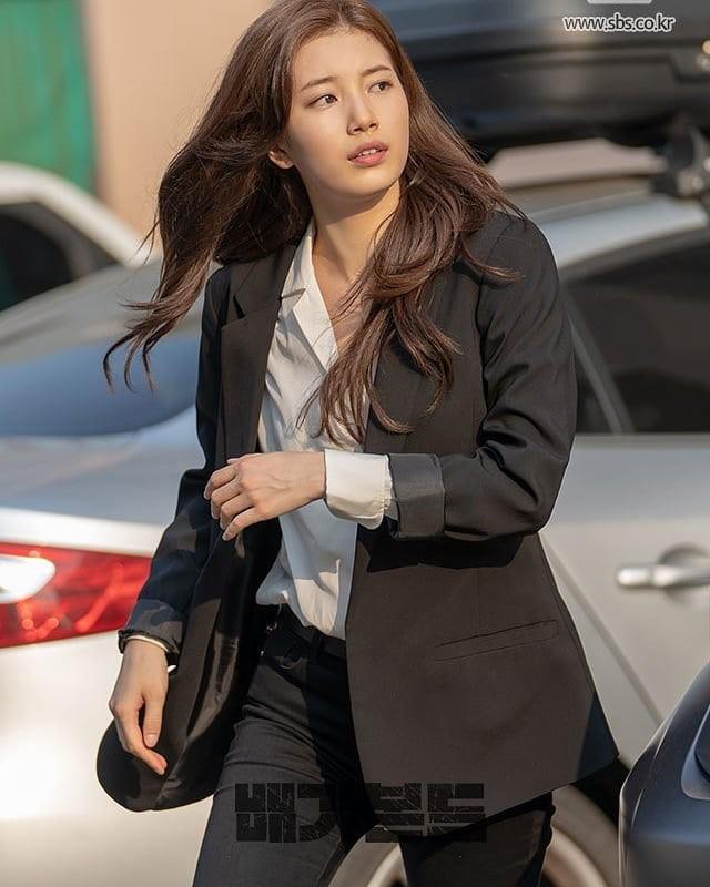 Sao Hàn mặc blazer: 5 công thức thường xuyên được sử dụng để diện thật trẻ trung chiếc áo đứng đắn này - Ảnh 7
