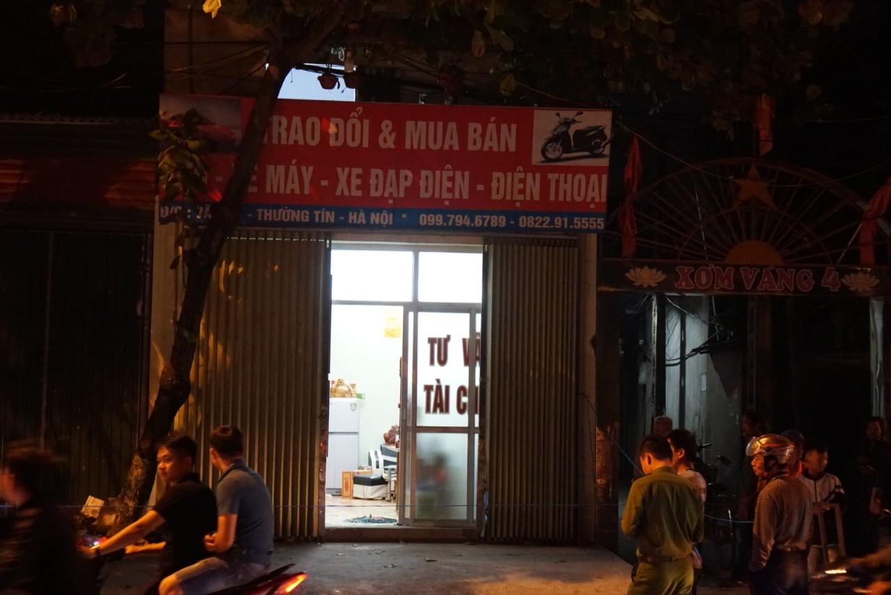 Hà Nội: Chém nhau kinh hoàng tại tiệm cầm đồ, một nạn nhân tử vong tại chỗ - Ảnh 2
