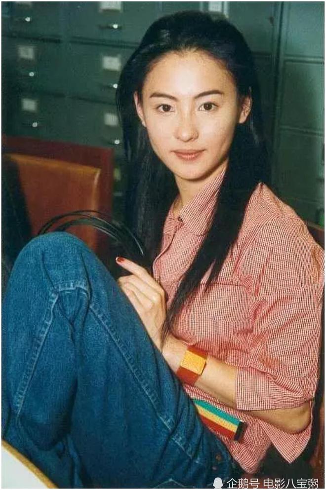 Năm 20 tuổi đã đẹp xuất chúng nhường này, bảo sao Trương Bá Chi vỗ ngực tự tin 'mình chỉ đẹp sau mỗi Lê Tư' - Ảnh 13
