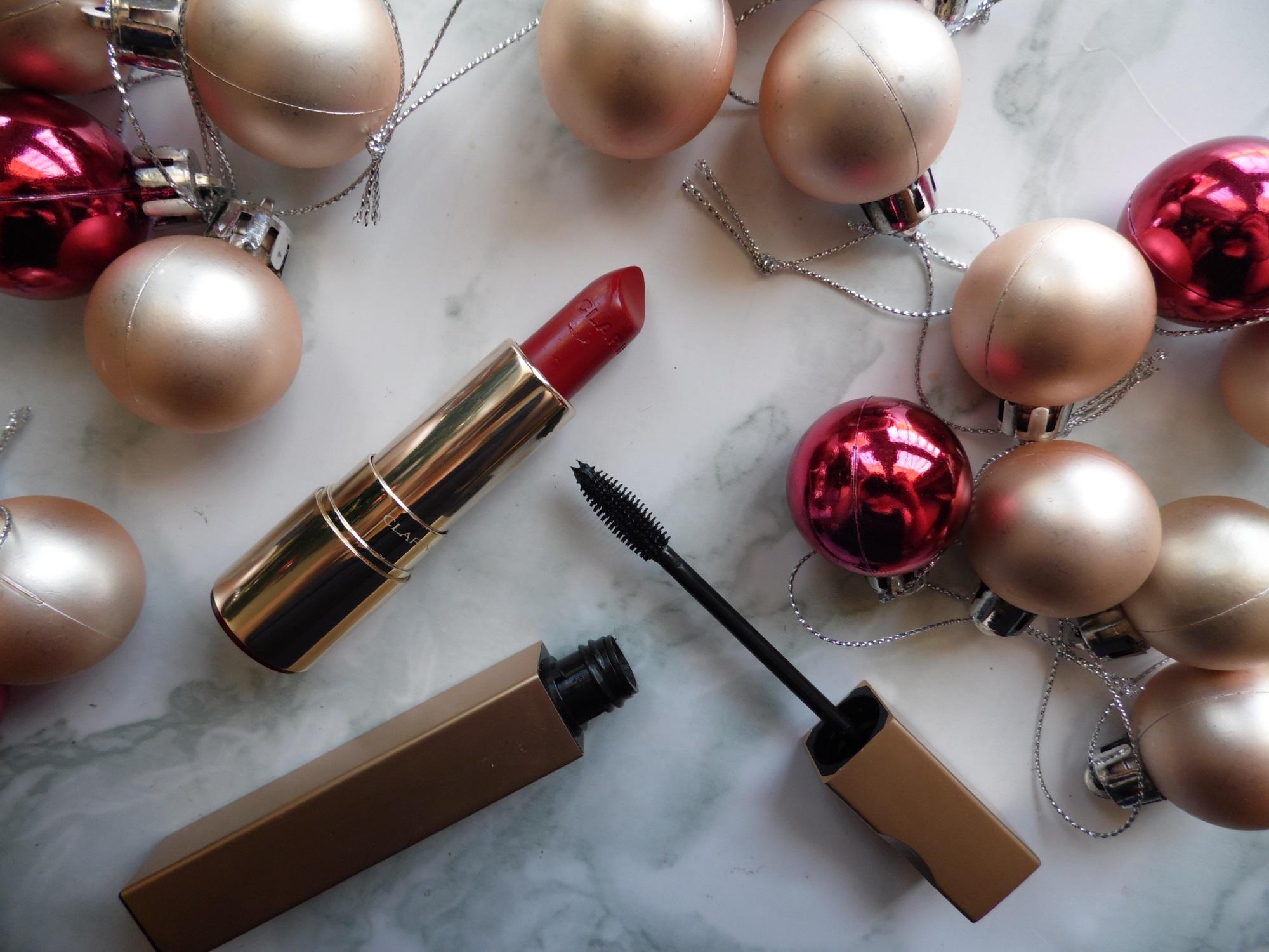Hướng dẫn cách trang điểm cho mùa Giáng sinh nổi bật, đẹp rạng rỡ