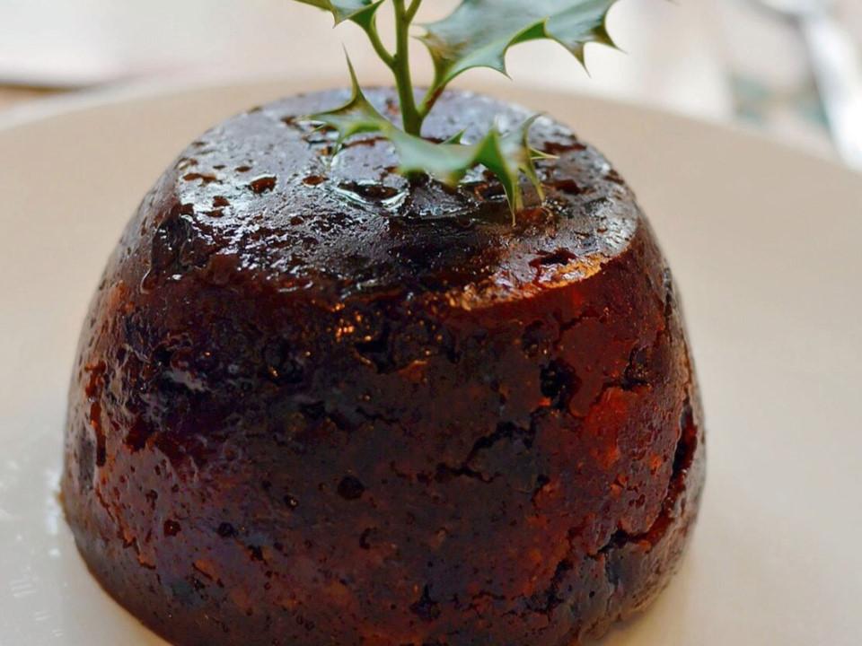 Bánh Pudding là món ăn quen thuộc trong bữa tối đêm Giáng sinh