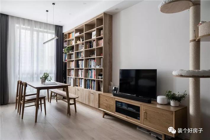Căn hộ 60m² 'ghi điểm' với cách thiết kế và bố trí nội thất rất khoa học của cặp vợ chồng trẻ - Ảnh 6