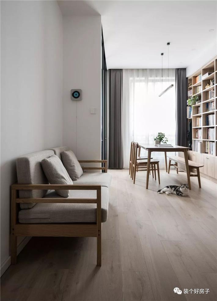 Căn hộ 60m² 'ghi điểm' với cách thiết kế và bố trí nội thất rất khoa học của cặp vợ chồng trẻ - Ảnh 7