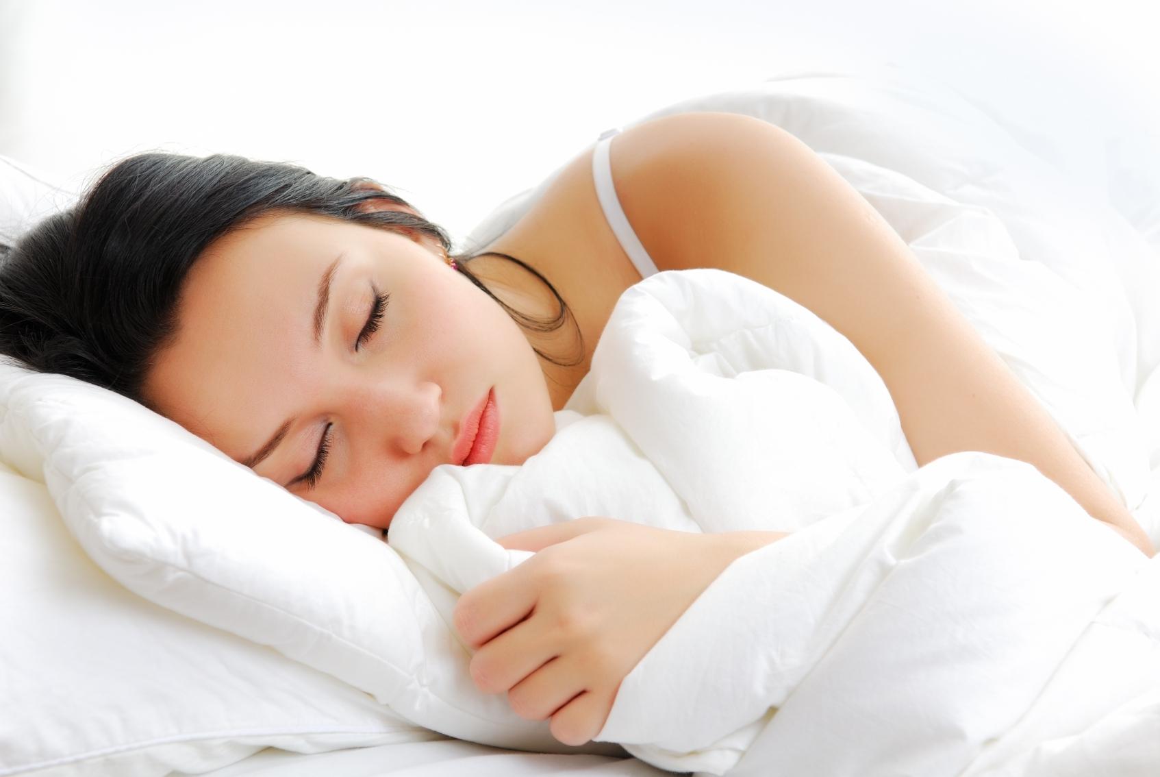 Muốn ngăn ngừa lão hóa, duy trì nhan sắc tươi trẻ lâu nhất có thể, phụ nữ chỉ cần có 5 thói quen này mỗi ngày - Ảnh 4
