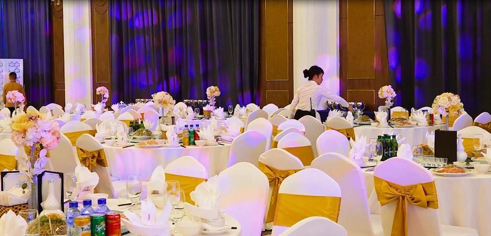 """Mường Thanh """"hô biến"""" công trình tạm thành trung tâm tiệc cưới - Ảnh 3"""