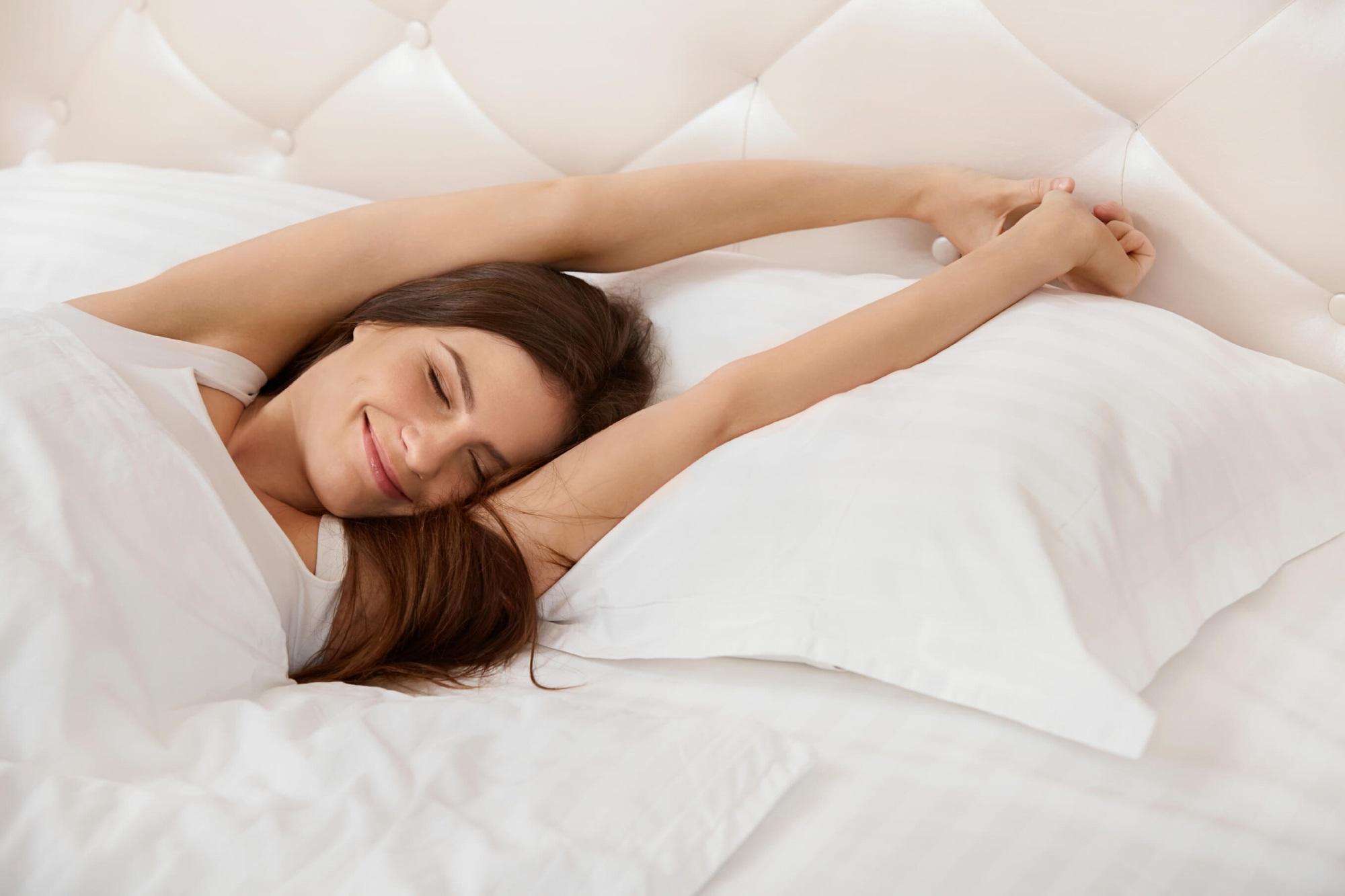 Phụ nữ có 5 thói quen này mỗi ngày, đến 30 tuổi làn da vẫn săn chắc, vóc dáng không chảy xệ - Ảnh 4