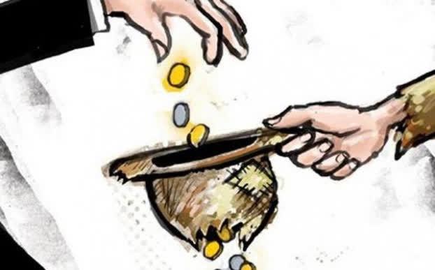 Người nghèo nhớ kỹ: 3 loại tiền không tiết kiệm, 3 chốn đừng dại ghé qua kẻo chỉ rước họa - Ảnh 1