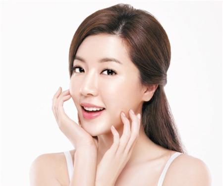 10 quy tắc chăm sóc da giúp phụ nữ Hàn Quốc luôn trẻ trung như tuổi 20 - Ảnh 3