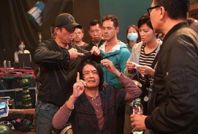 Châu Nhuận Phát vỡ đầu khâu 5 mũi ở phim trường nhưng hành động sau đó mới gây chú ý - Ảnh 2