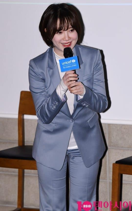 Goo Hye Sun tại sự kiện: Trẻ như gái 20, trắng đến phát sáng dù đã trang điểm hạ tông da - Ảnh 6