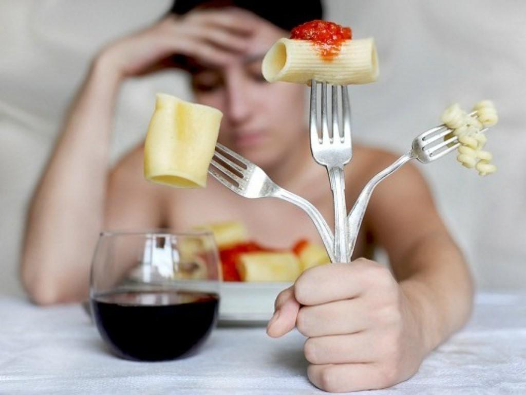 Hiệp hội Ung thư Hoa Kỳ cảnh báo: Nữ giới có nguy cơ mắc bệnh ung thư dạ dày cao nếu gặp phải những triệu chứng sau - Ảnh 2