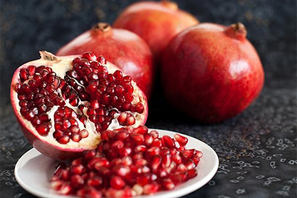 8 loại thực phẩm giúp ngăn ngừa tác hại của tia UV lên da - Ảnh 6