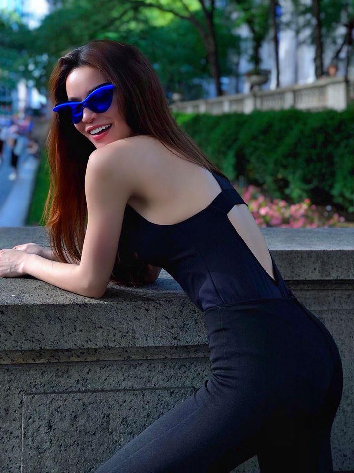 """Hồ Ngọc Hà tung loạt hình đẹp như siêu mẫu trên đường phố New York nhưng vẫn không thấy Kim Lý """"thả tim"""" - Ảnh 1"""