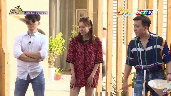 Ninh Dương Lan Ngọc mặc áo của 'bạn trai tin đồn' Chi Dân khi quay 'Chạy đi chờ chi'? - Ảnh 1