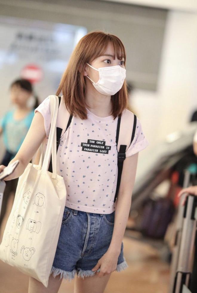 Lột xác từ style Nhật 'thắm thơm' sang style Hàn cá tính, Sakura (IZ*ONE) khiến netizen phải trầm trồ không ngớt - Ảnh 6