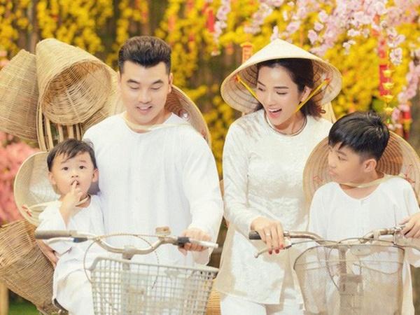 Khoe ảnh siêu âm, bà xã Ưng Hoàng Phúc hạnh phúc báo tin sẽ chào đón thành viên nhỏ thứ 3 của gia đình vào tháng 10 tới - Ảnh 1