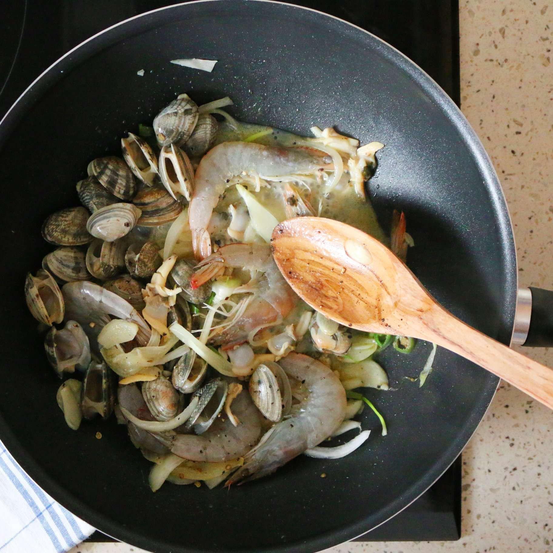 Món ngon cuối tuần: Mỳ Ý hải sản - Ảnh 3
