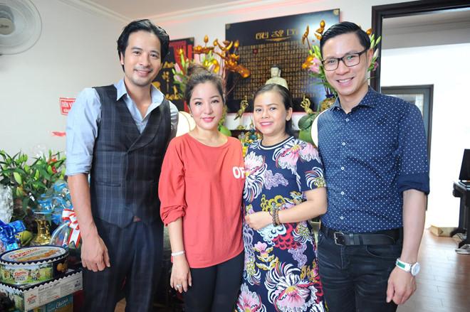 Minh Nhí, Thanh Bạch đến dâng hương Tổ nghề ở nhà Thúy Nga - Ảnh 3