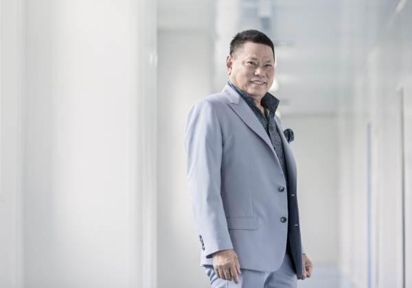 'Bí mật' bạn trai 72 tuổi của Ngọc Trinh bị bại lộ? - Ảnh 2
