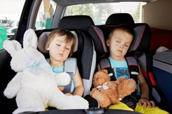 7 sai lầm nhiều bố mẹ mắc phải khiến con gãy chân, ngạt thở - Ảnh 3