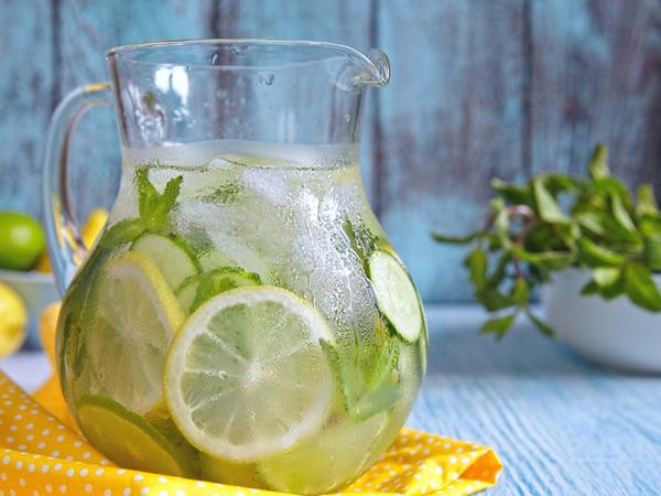 3 công thức nước detox thanh lọc, phục hồi cơ thể và làn da sau Tết cực hữu hiệu - Ảnh 1