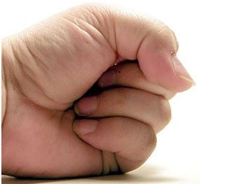 Bí kíp cho dân văn phòng: Bài tập giảm đau khớp ngón tay trong tích tắc - Ảnh 1