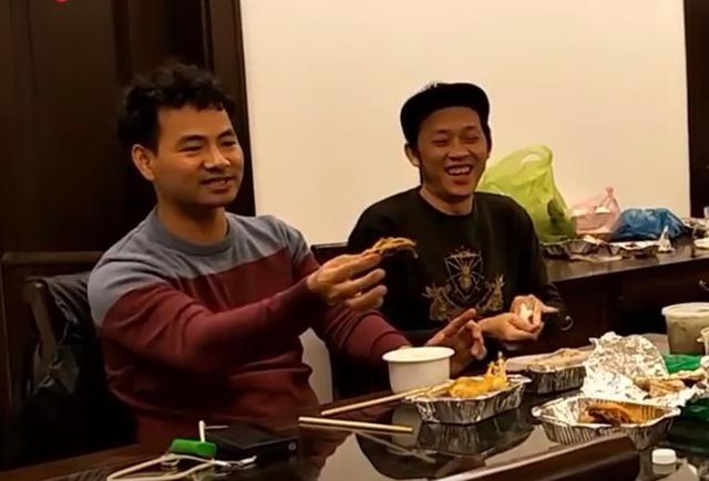 Nghệ sĩ Hoài Linh kể khổ vì tin chèn ép khiến Xuân Bắc mất vị trí MC - Ảnh 2
