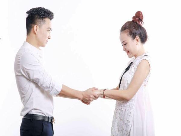 """Mỹ nhân Việt kết hôn lần 4 với """"phi công trẻ"""": Chồng tôi ghen có thương hiệu"""