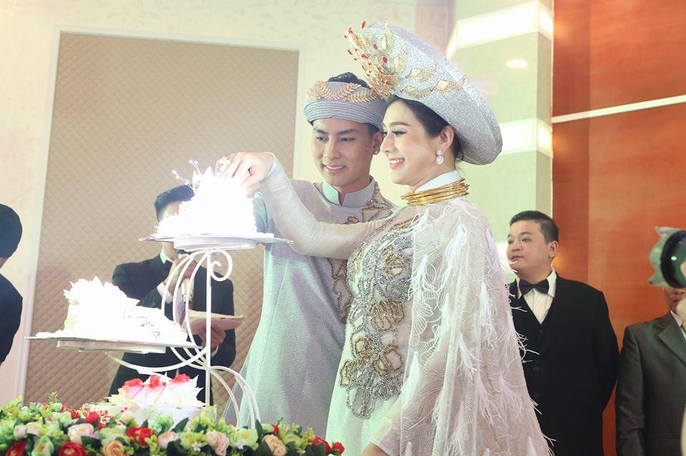 Lâm Khánh Chi tiết lộ về đêm tân hôn với chồng trẻ: 'Ông xã rất mệt...' - Ảnh 2