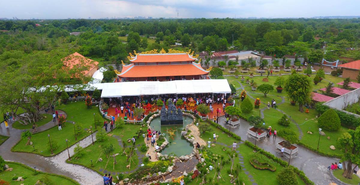 Tiết lộ lý do Hoài Linh không mở cửa đền thờ Tổ ngày Tết - Ảnh 1