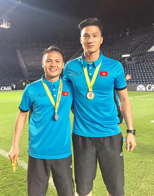 U23 Việt Nam còn có một thủ môn đẹp trai, cao ráo hơn cả Bùi Tiến Dũng - Ảnh 1