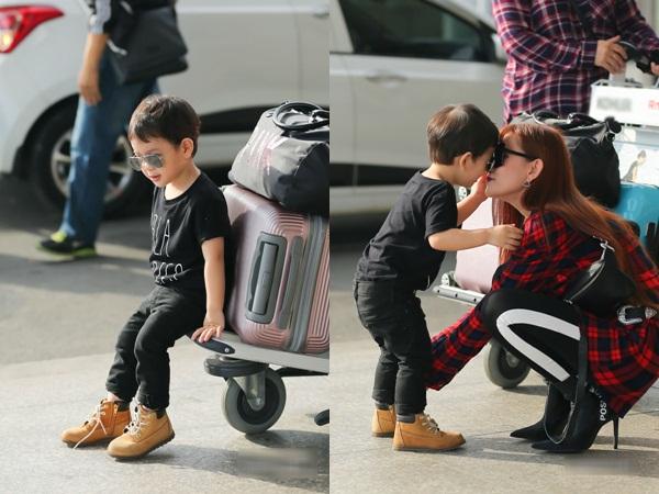 Con trai Thu Thủy chuẩn soái ca cùng mẹ và bà ngoại đi du lịch Malaysia