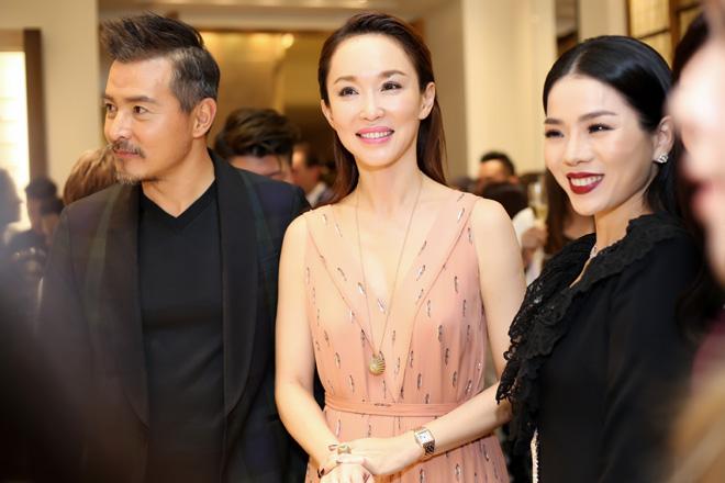 Đến Việt Nam, vợ chồng 'Thần điêu đại hiệp' trông xuống sắc ở tuổi U50 - Ảnh 4