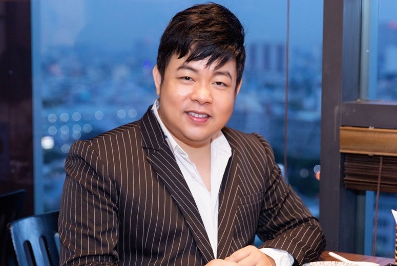 'Choáng' với cơ ngơi của ca sĩ Quang Lê: biệt thự trăm tỉ đi 'mỏi cả chân', ăn uống sang chảnh khó ai sánh bằng - Ảnh 1