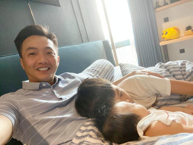 Các sao Việt tặng quà tiền tỉ cho con: Nhật Kim Anh tậu biệt thự 'khủng', chồng cũ Lệ Quyên chi tận 30 tỉ để mua quà cho quý tử - Ảnh 3