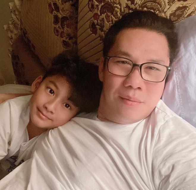 Các sao Việt tặng quà tiền tỉ cho con: Nhật Kim Anh tậu biệt thự 'khủng', chồng cũ Lệ Quyên chi tận 30 tỉ để mua quà cho quý tử - Ảnh 2