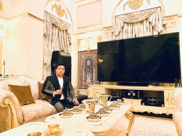 'Choáng' với cơ ngơi của ca sĩ Quang Lê: biệt thự trăm tỉ đi 'mỏi cả chân', ăn uống sang chảnh khó ai sánh bằng - Ảnh 5