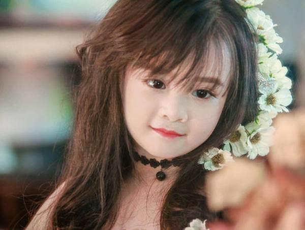 Bé gái Tuyên Quang 6 tuổi xinh đẹp như thiên thần trong truyện tranh - Ảnh 2