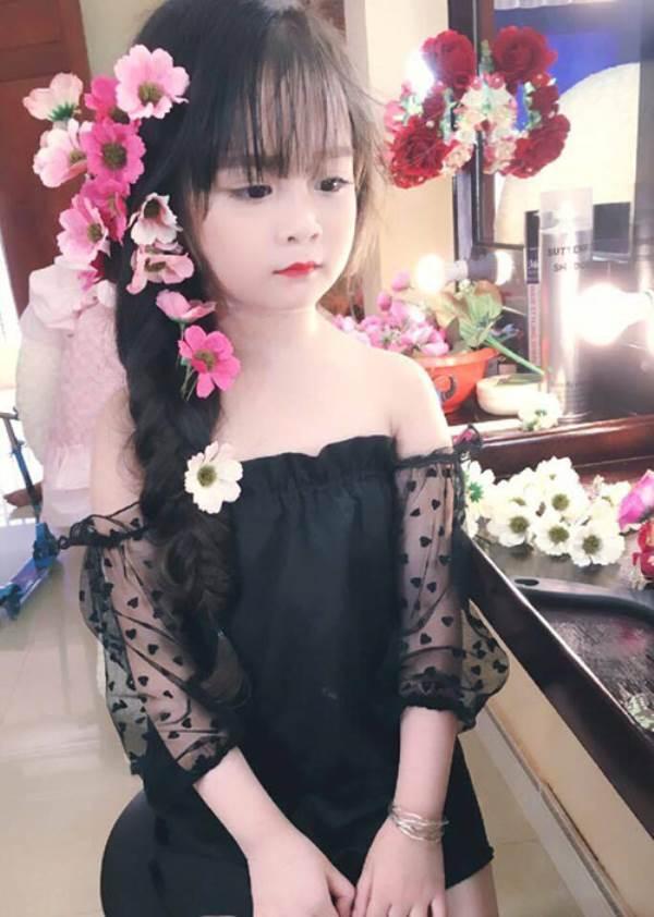 Bé gái Tuyên Quang 6 tuổi xinh đẹp như thiên thần trong truyện tranh - Ảnh 14