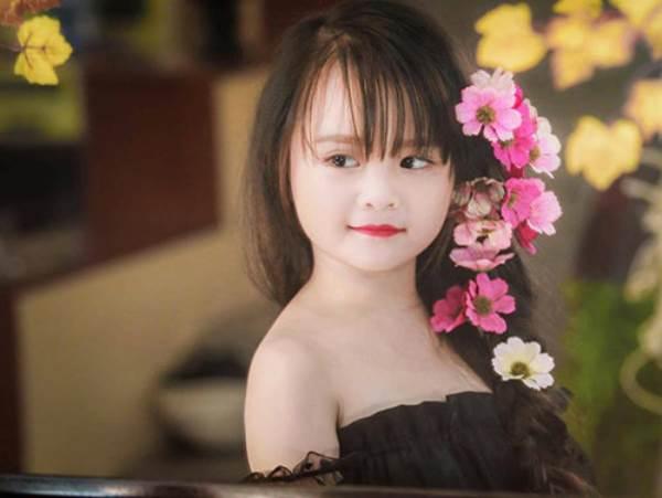 Bé gái Tuyên Quang 6 tuổi xinh đẹp như thiên thần trong truyện tranh - Ảnh 10