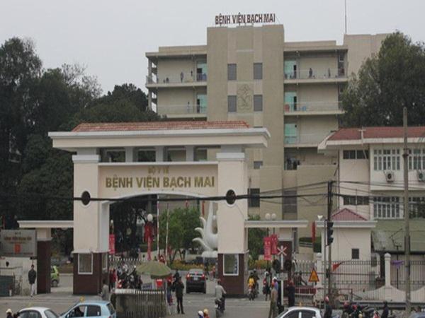 Bệnh viện Bạch Mai ra thông báo khẩn sau khi có 2 điều dưỡng nhiễm Covid-19